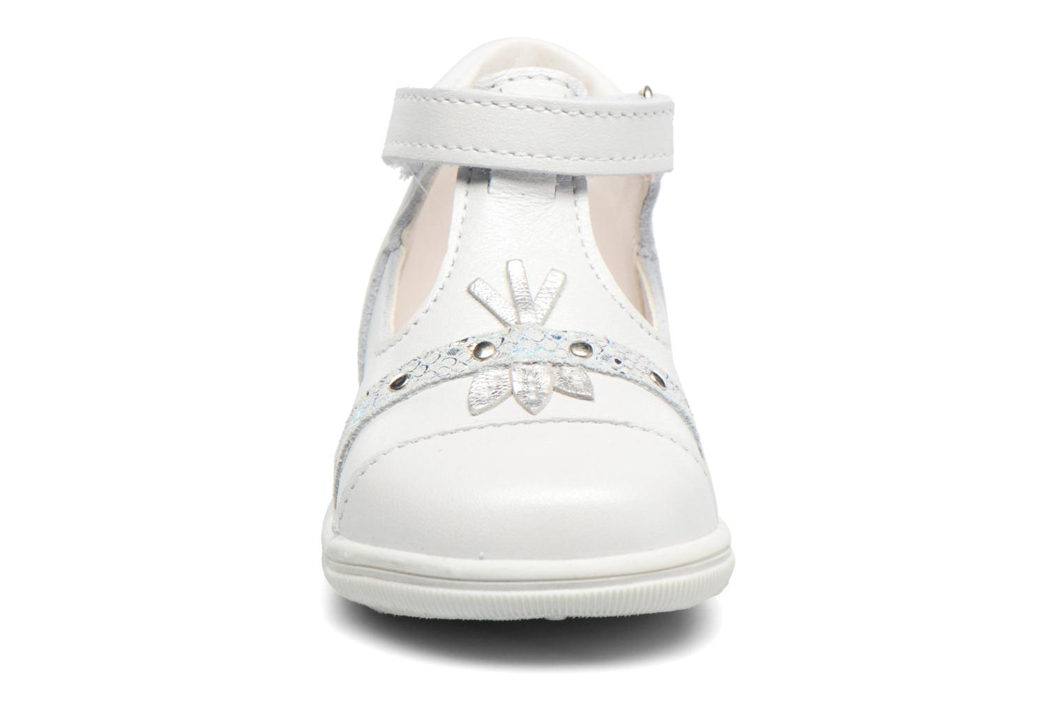 Sandals Bopy Zolita White model view