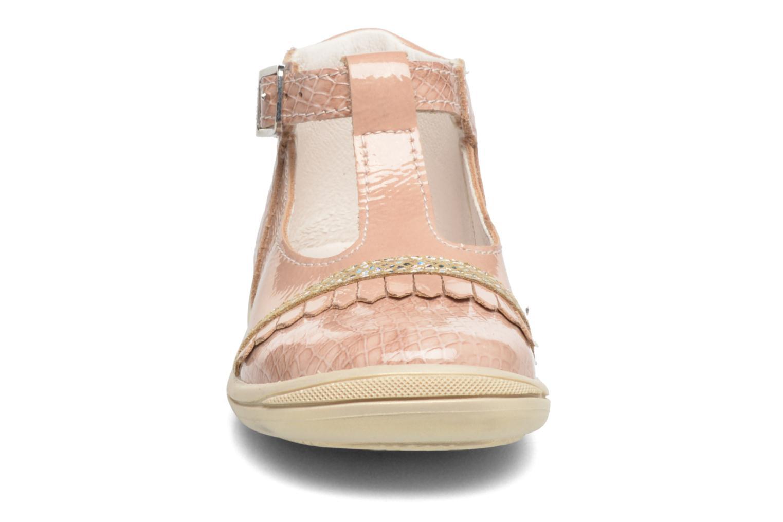 Bottines d'été Bopy Bexica Rose vue portées chaussures