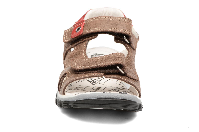 Sandalen Bopy Eblake braun schuhe getragen