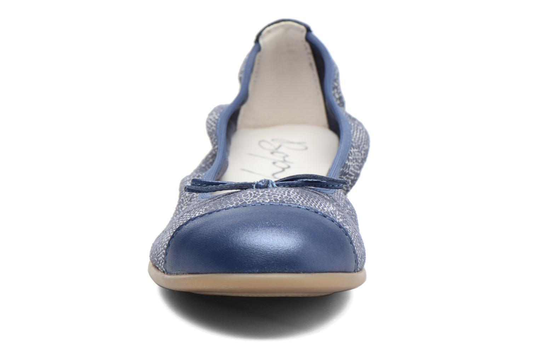 Ballerines Bopy Sanodi Bleu vue portées chaussures