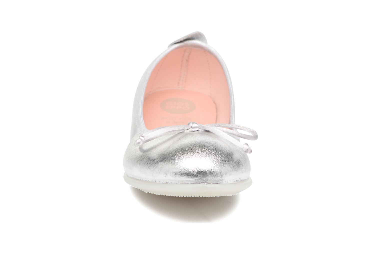 Ballerines Gioseppo Ainara Argent vue portées chaussures