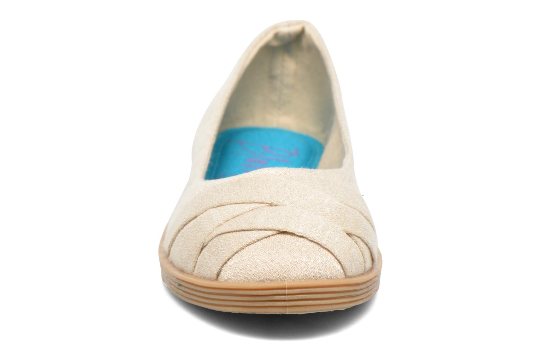 Ballerines Blowfish Glo2 Beige vue portées chaussures