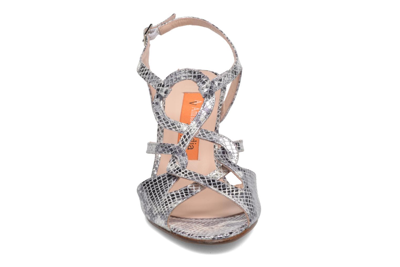 Sandales et nu-pieds Anna Volodia Cassandra Argent vue portées chaussures
