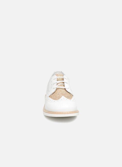 Scarpe con lacci Melania Palma Bianco modello indossato
