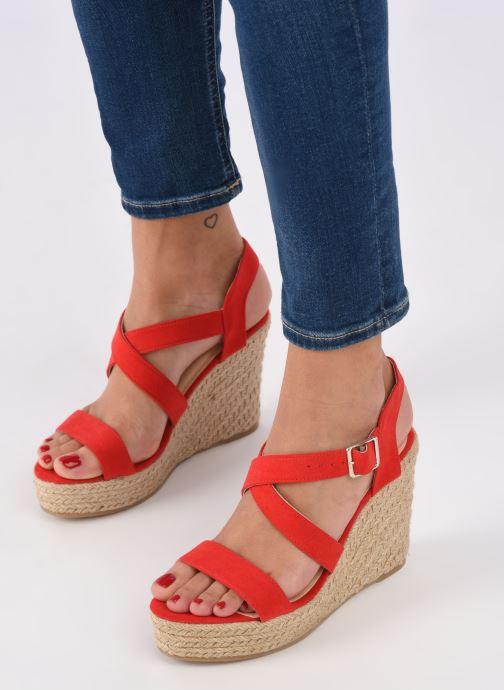 Sandalen I Love Shoes MCJASON rot ansicht von unten / tasche getragen