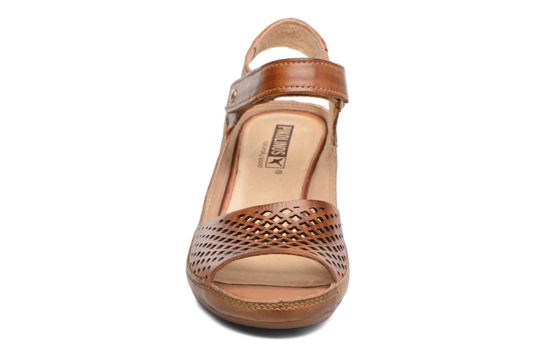 Sandales et nu-pieds Pikolinos Capri W8F-0840 Marron vue portées chaussures