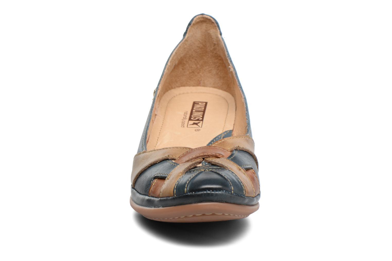 Zapatos de tacón Pikolinos Coimbra W7L-5691 Azul vista del modelo