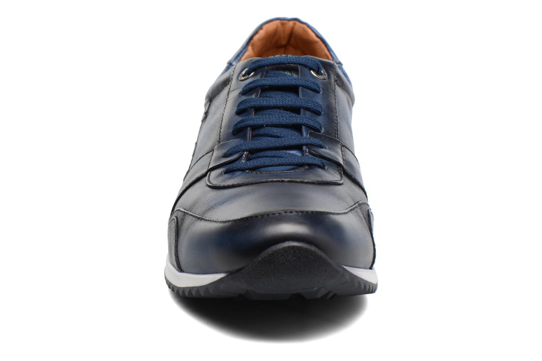 Baskets Pikolinos Liverpool M2A-6059 Bleu vue portées chaussures