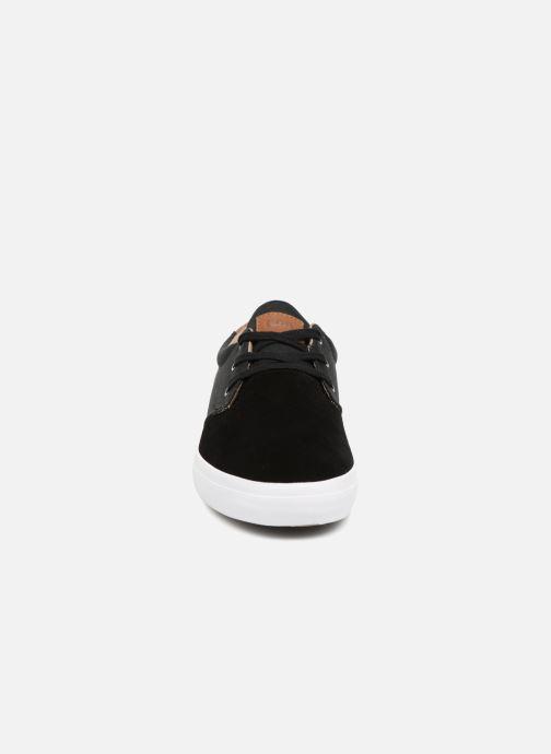 Baskets Globe Willow Noir vue portées chaussures