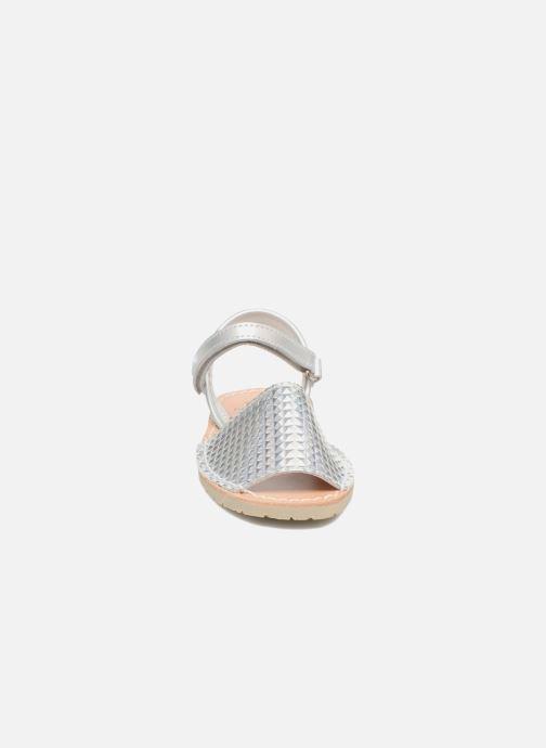 Sandales et nu-pieds Pablosky Clarisa Argent vue portées chaussures
