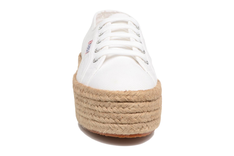 Baskets Superga 2790 Cotropew Blanc vue portées chaussures