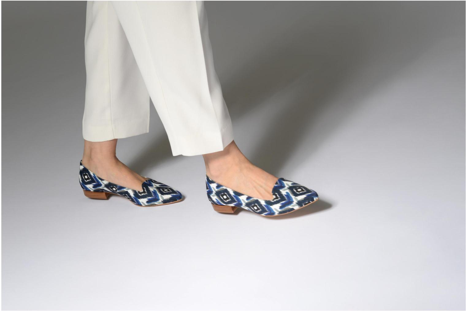 Loafers Made by SARENZA Bombay Babes Mocassins #1 Blue view from underneath / model view