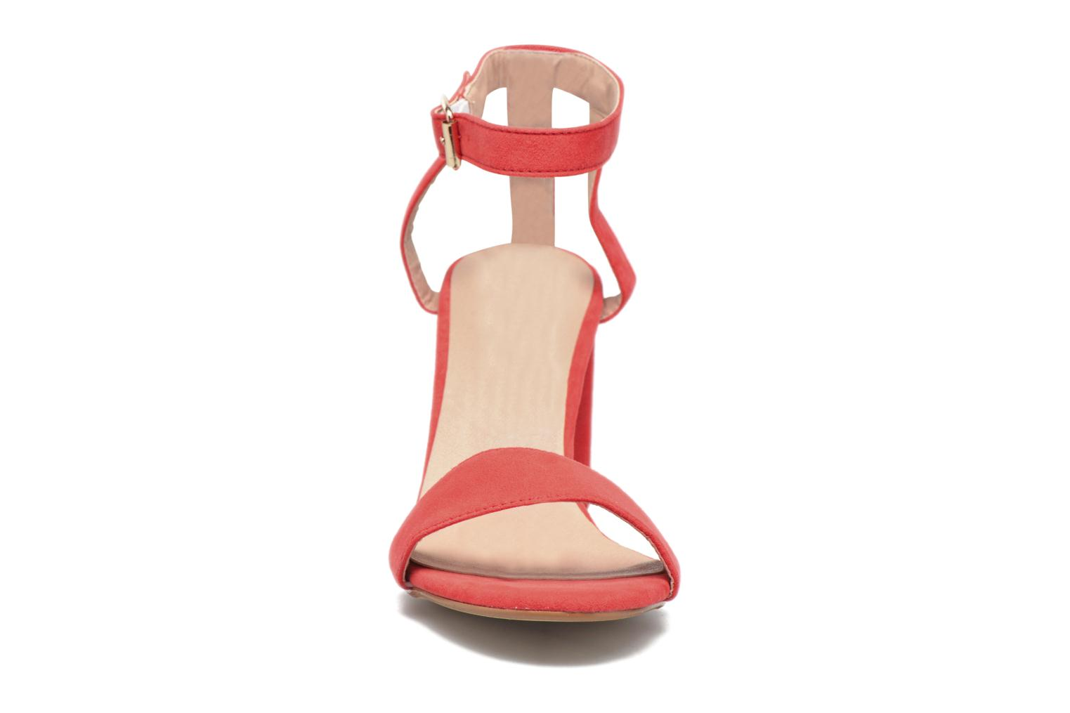 Sandalias I Love Shoes BELYZE Rojo vista del modelo