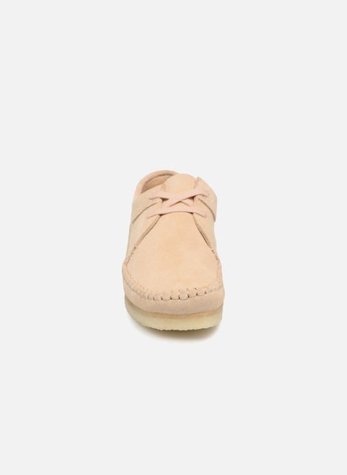 Zapatos con cordones Clarks Originals Weaver W Beige vista del modelo