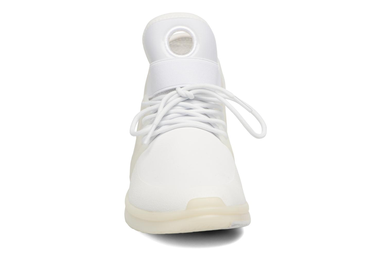Chaussures de sport Supra Skytop V Blanc vue portées chaussures