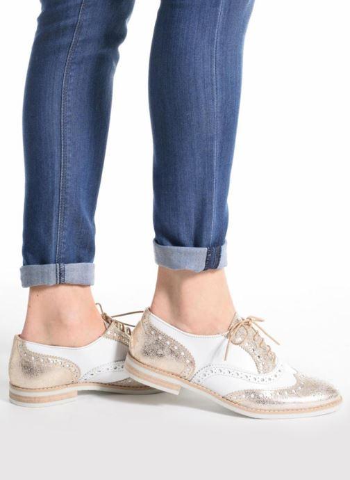 Chaussures à lacets Georgia Rose Ninish Bleu vue bas / vue portée sac