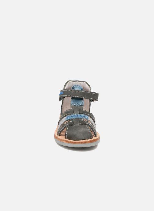 Sandali e scarpe aperte Minibel Matchy Azzurro modello indossato