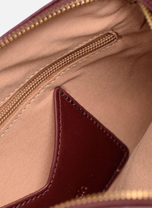 Mini Bags Nat & Nin Anita weinrot ansicht von unten / tasche getragen