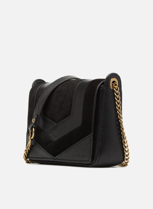 Bolsos Clutch Nat & Nin Capri Negro vista del modelo