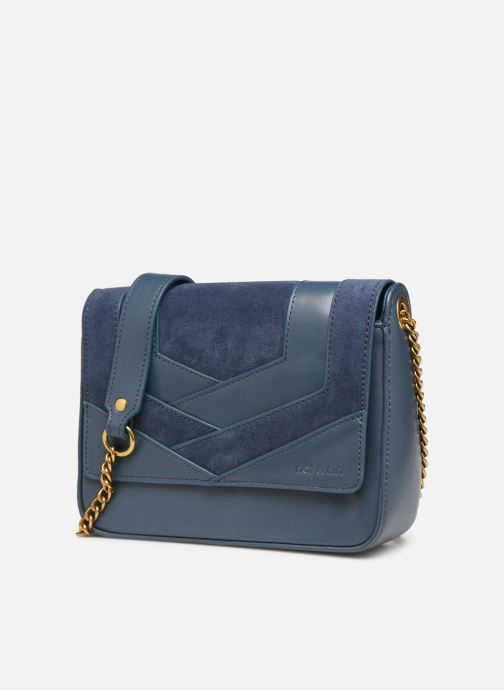 Sacs pochettes Nat & Nin Capri Bleu vue portées chaussures