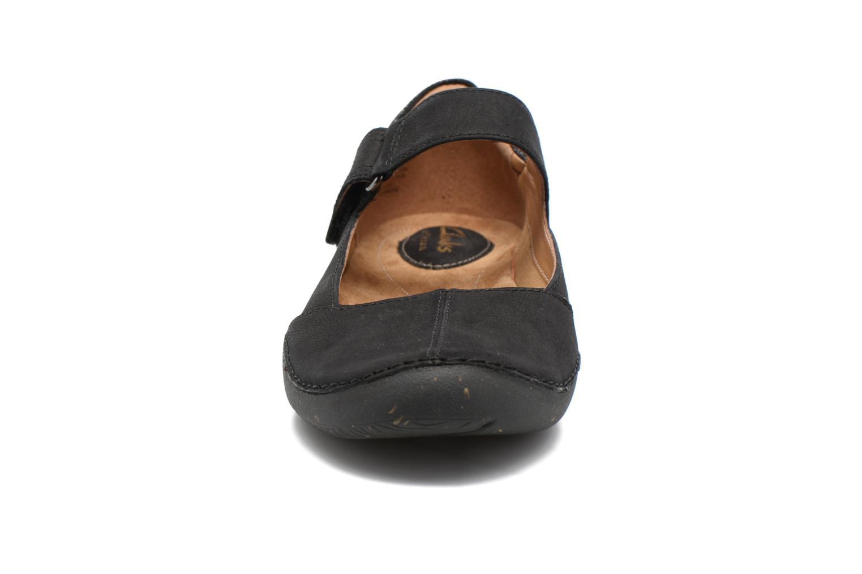 Ballerines Clarks Autumn Stone Noir vue portées chaussures