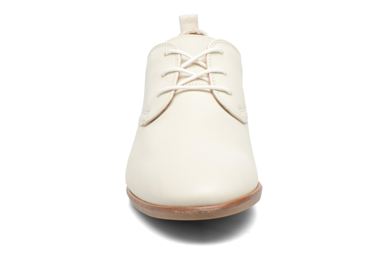 Chaussures à lacets Clarks Alania Posey Blanc vue portées chaussures