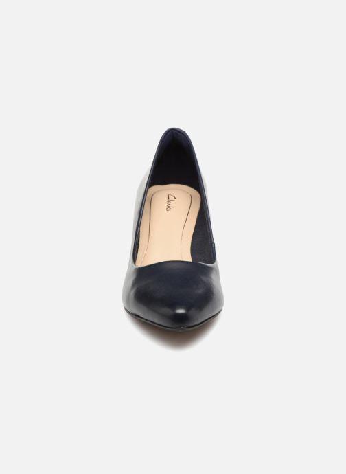 Escarpins Clarks Isidora Faye Bleu vue portées chaussures