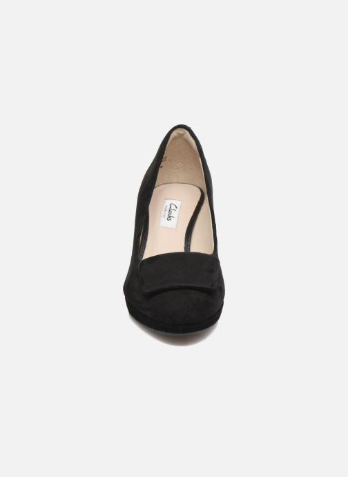 Høje hæle Clarks Kelda Gem Sort se skoene på