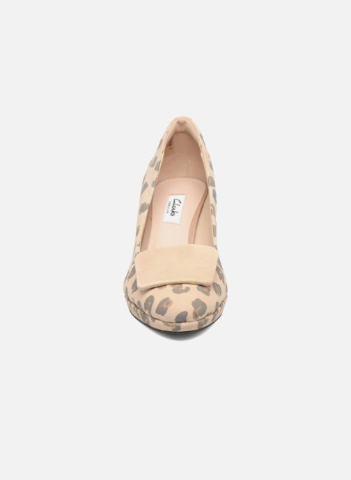 Escarpins Clarks Kelda Gem Beige vue portées chaussures
