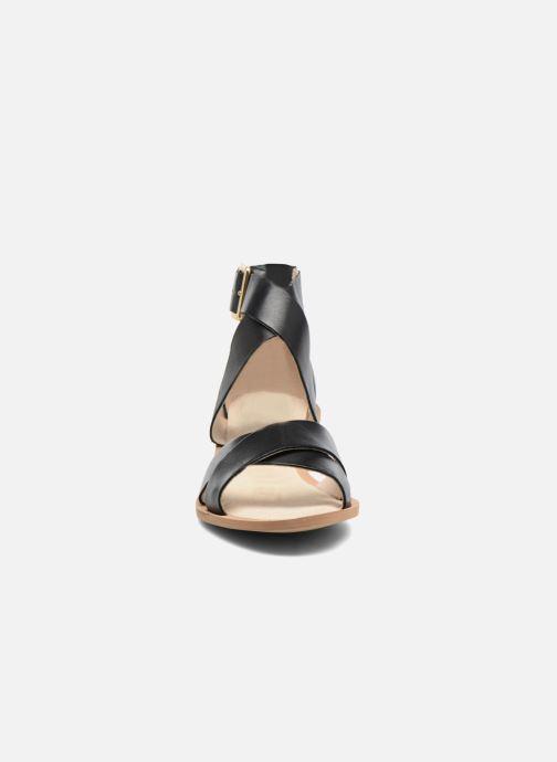 5b53e96e462bb Clarks Sandcastle Ray (Black) - Sandals chez Sarenza (285898)