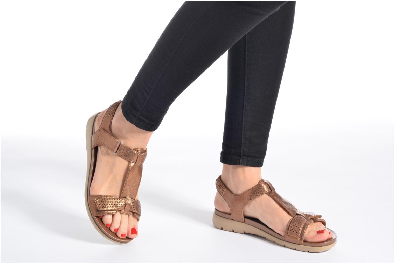 Sandales et nu-pieds Clarks Unstructured Un Haywood Noir vue bas / vue portée sac