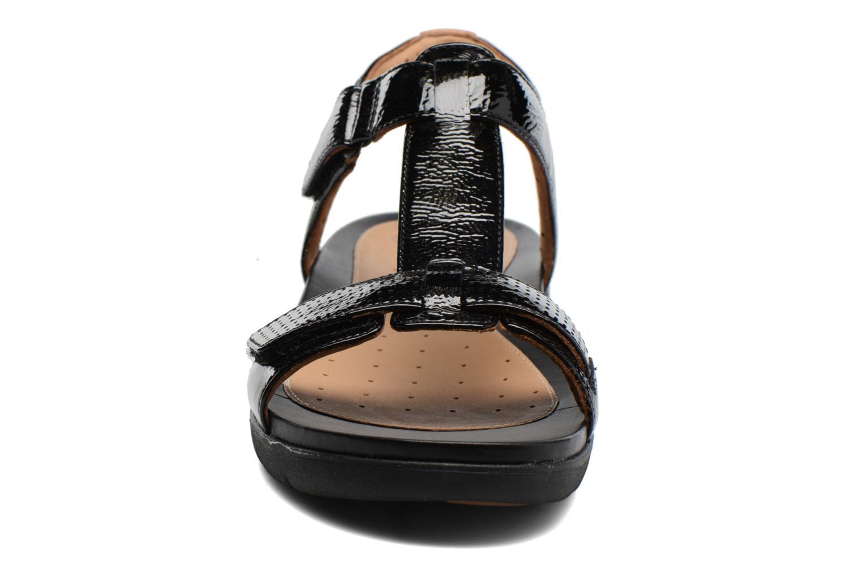 Sandales et nu-pieds Clarks Unstructured Un Haywood Noir vue portées chaussures