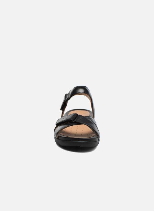 Sandales et nu-pieds Clarks Unstructured Un Saffron Noir vue portées chaussures