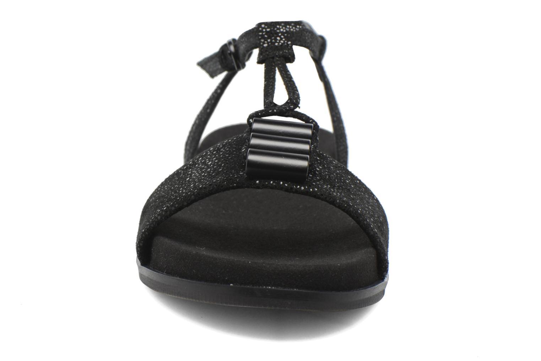 Sandales et nu-pieds Clarks Agean Cool Noir vue portées chaussures