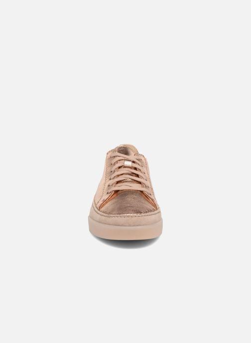 Baskets Clarks Hidi Holly Rose vue portées chaussures
