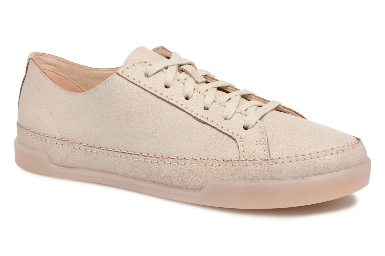 Trainers Clarks Hidi Holly Beige detailed view/ Pair view