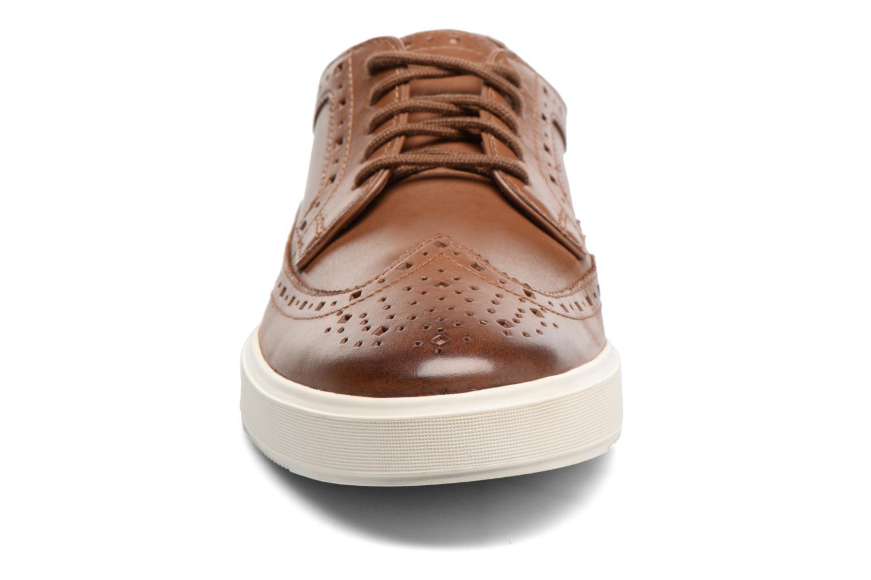 Chaussures à lacets Clarks Calderon Limit Marron vue portées chaussures