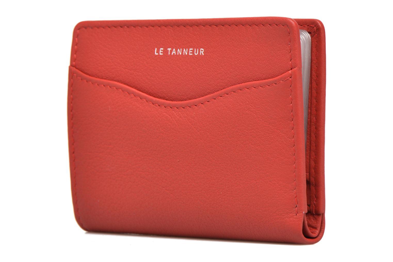 Petite Maroquinerie Le Tanneur VALENTINE Porte-cartes anti-RFID Rouge vue portées chaussures
