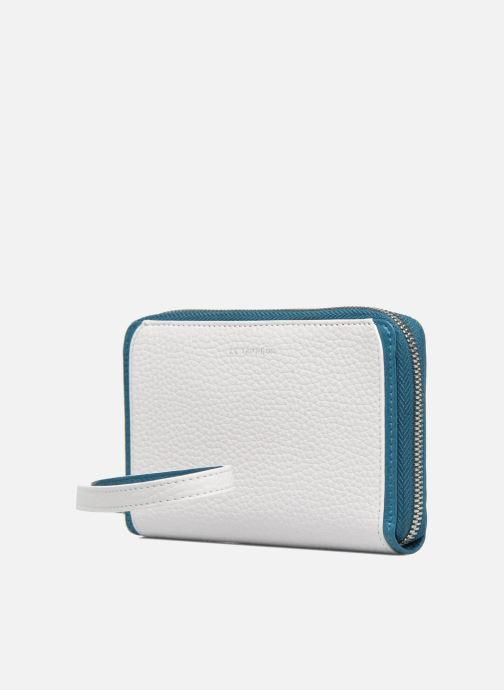Petite Maroquinerie Le Tanneur AGATHE Porte-monnaie zippé téléphone Blanc vue portées chaussures