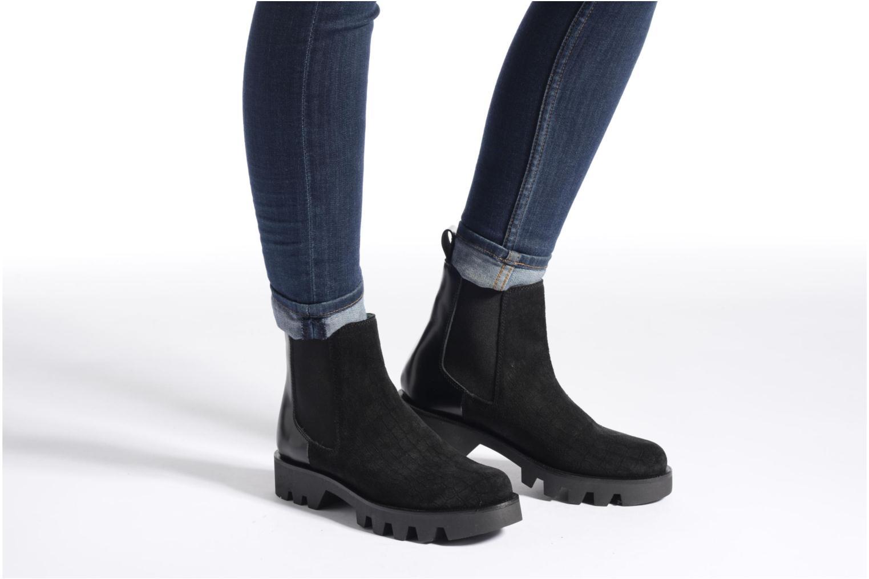Bottines et boots Apologie Roger Noir vue bas / vue portée sac