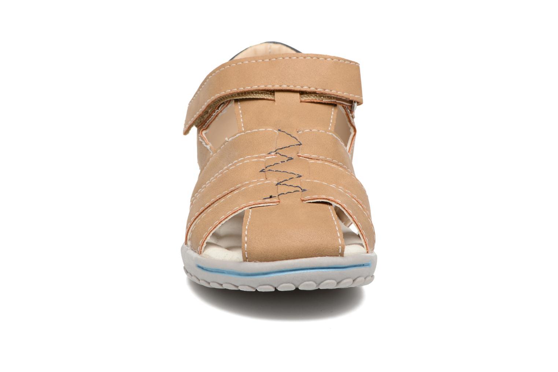 Sandaler Xti Cirilo Brun se skoene på