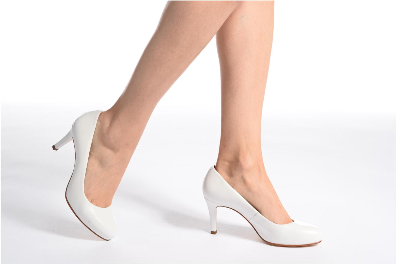 High heels Unisa Nade Pink view from underneath / model view
