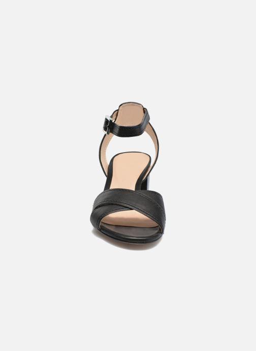 Sandales et nu-pieds Unisa Orno Noir vue portées chaussures