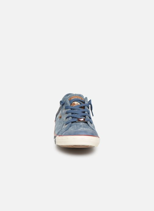Baskets Mustang shoes Hartwig Bleu vue portées chaussures