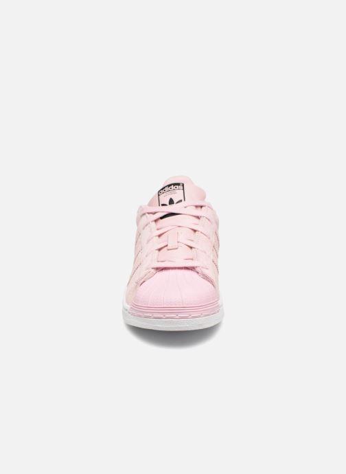 Baskets adidas originals Superstar C Rose vue portées chaussures