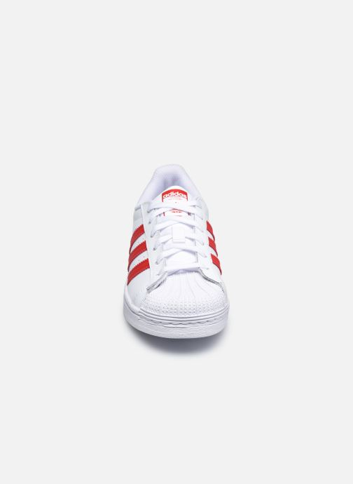 Sneakers adidas originals Superstar C Bianco modello indossato
