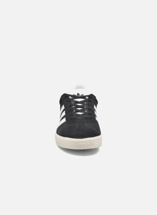 Baskets adidas originals Gazelle J Noir vue portées chaussures