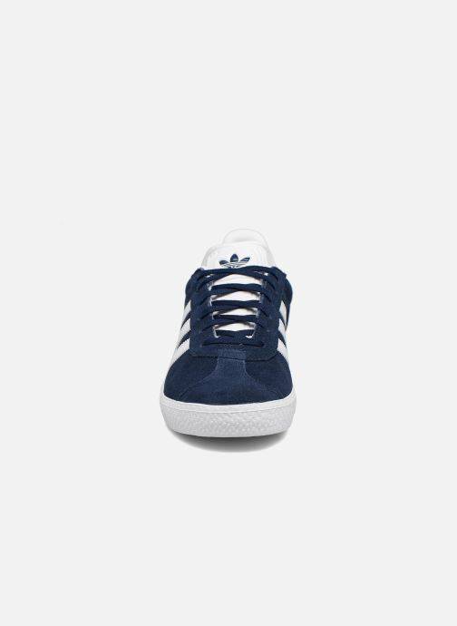 Baskets adidas originals Gazelle J Bleu vue portées chaussures