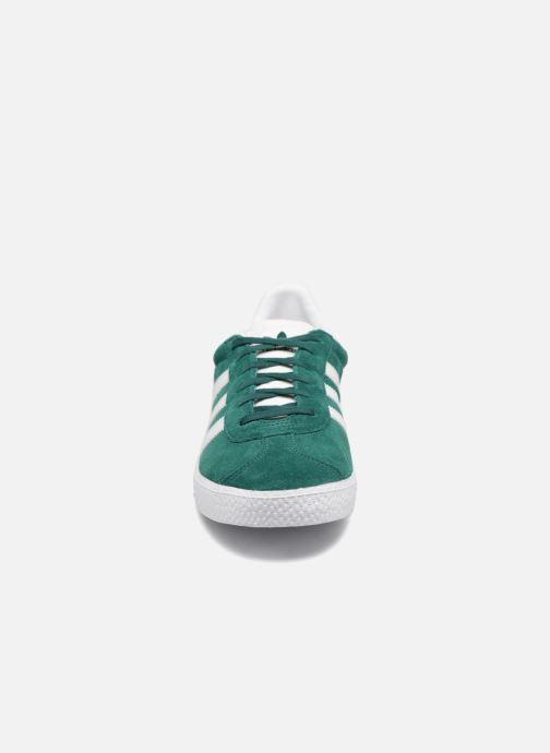 Baskets adidas originals Gazelle J Vert vue portées chaussures