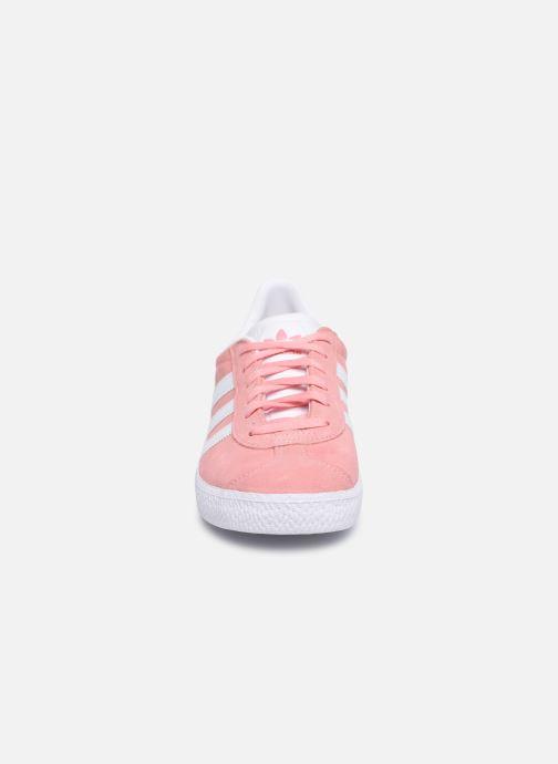 Sneaker adidas originals Gazelle J rosa schuhe getragen